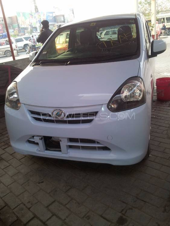 Daihatsu Mira X 2012 Image-1