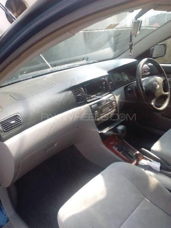 Toyota Corolla G 2001 Image-1