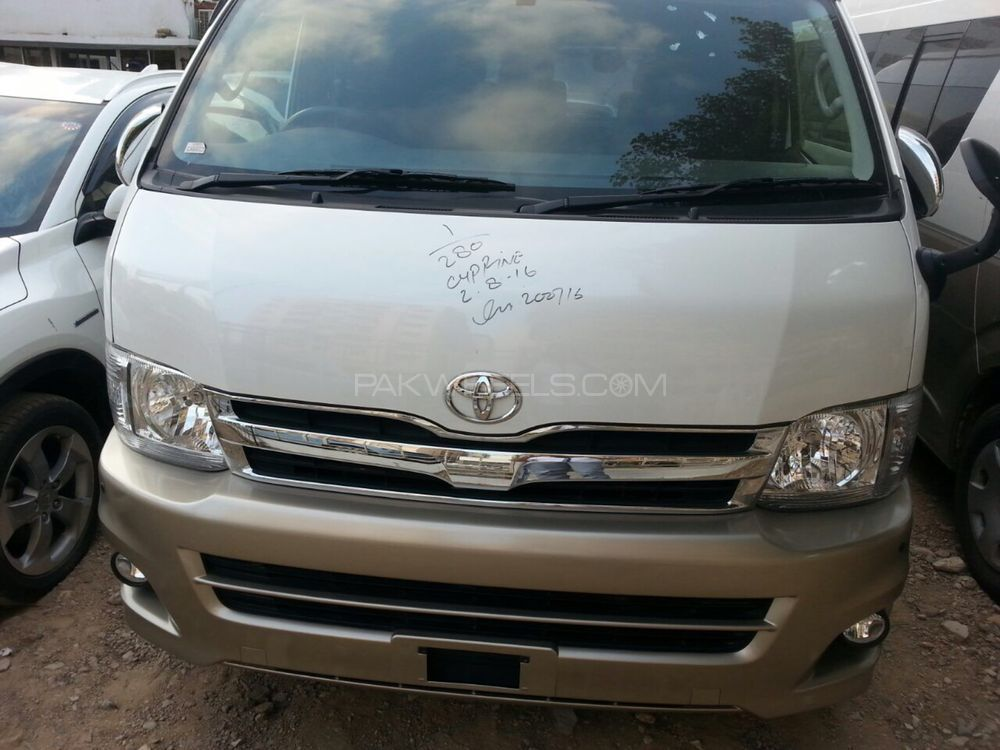 Toyota Hiace DX 2012 Image-1