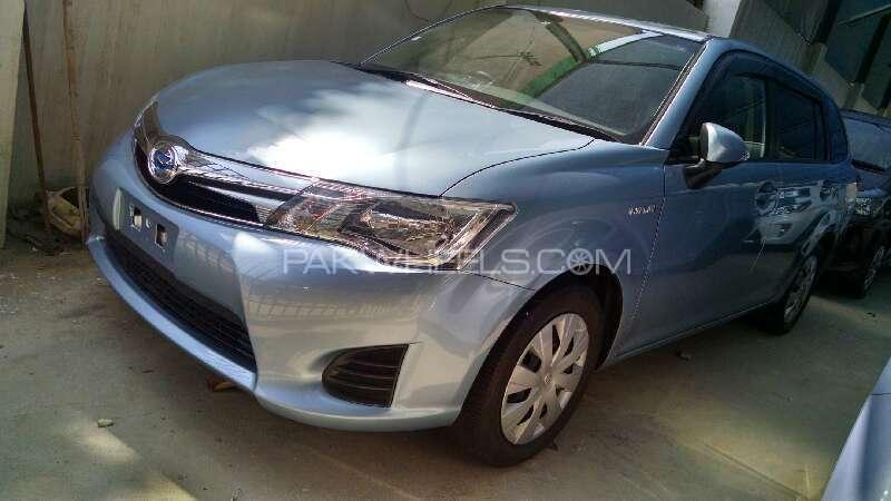 Toyota Corolla Fielder Hybrid 2013 Image-1