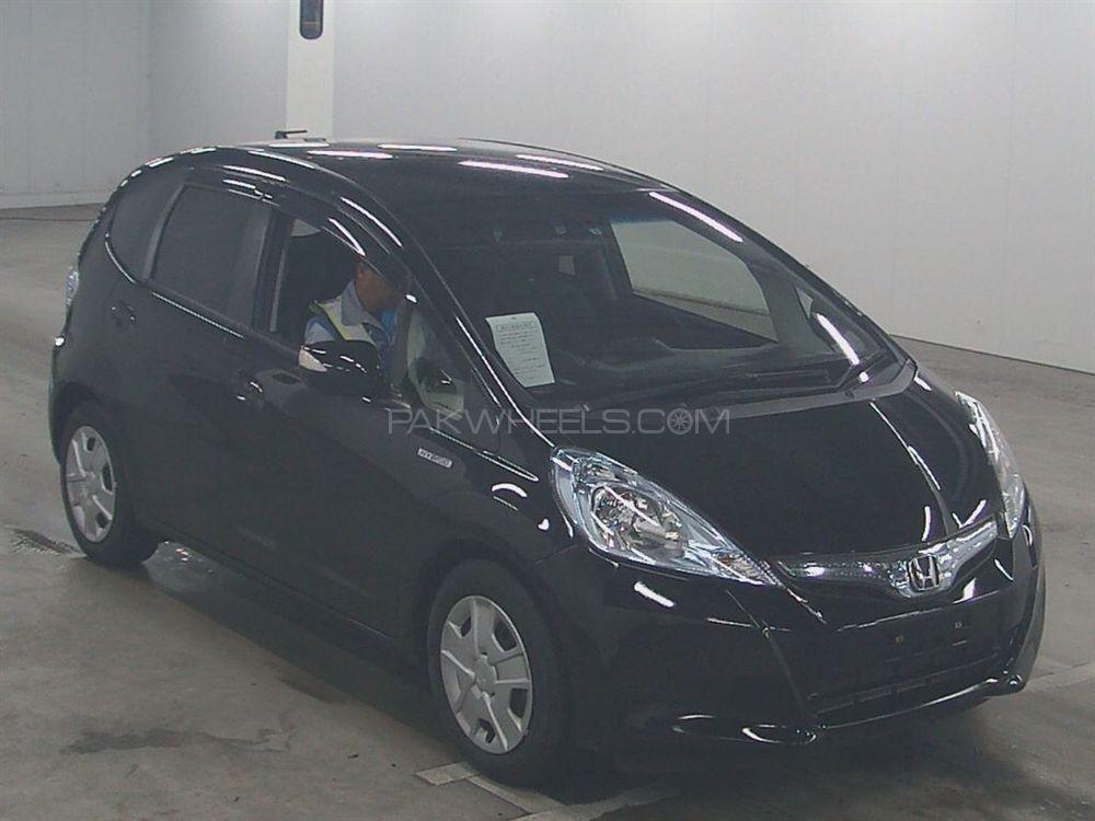 Honda Fit Hybrid 2013 Image-1