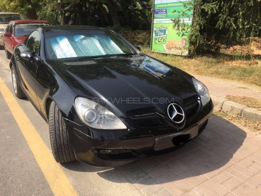 Mercedes Benz SLK Class 2004 Image-1
