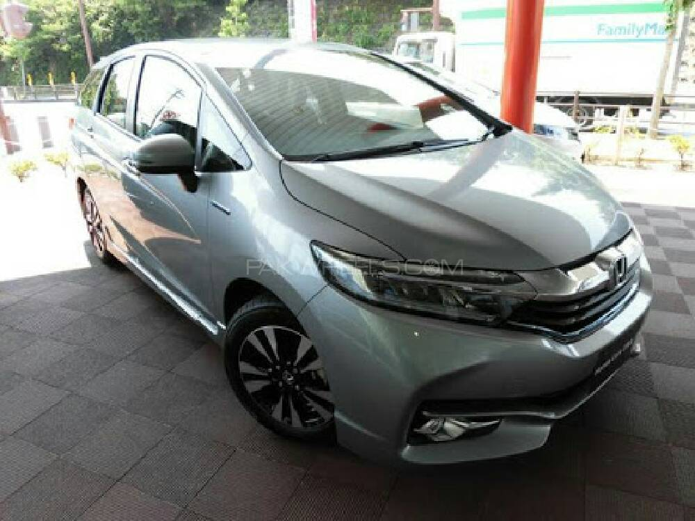 Honda Fit Hybrid Navi Premium Selection 2016 Image-1