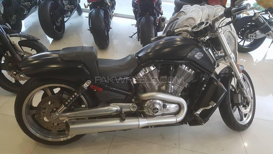 Harley Davidson V-Rod 2012 Image-1