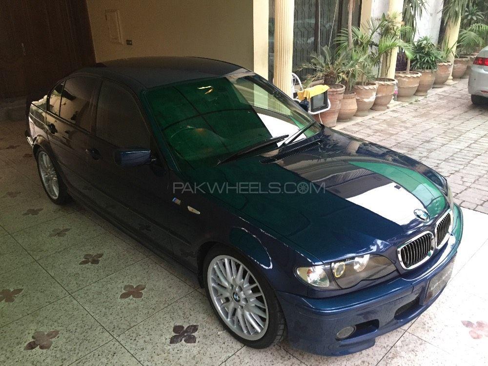 BMW 3 Series 2003 Image-1