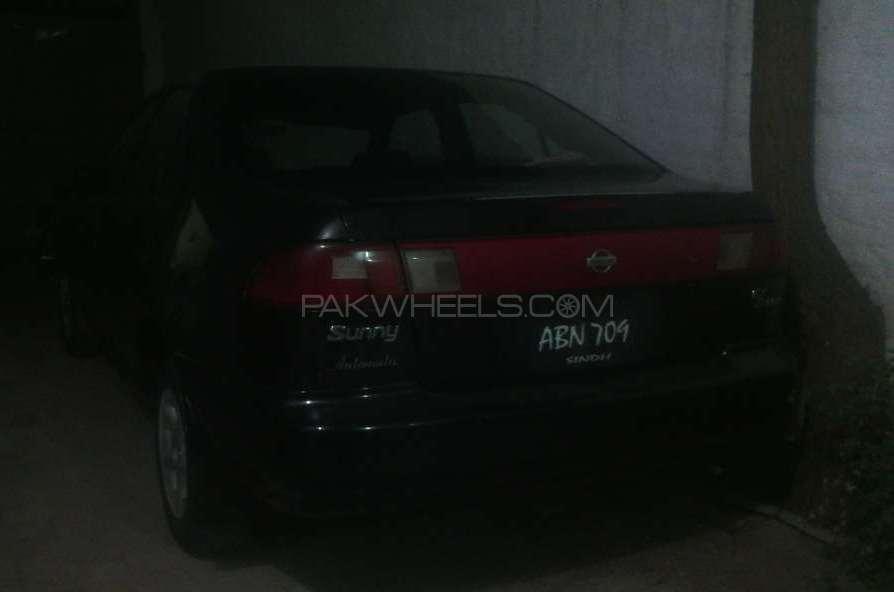 Nissan Sunny EX Saloon Automatic 1.6 1998 Image-1