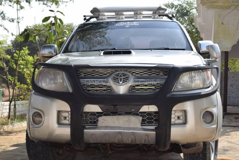 Toyota Hilux D-4D 2007 Image-1