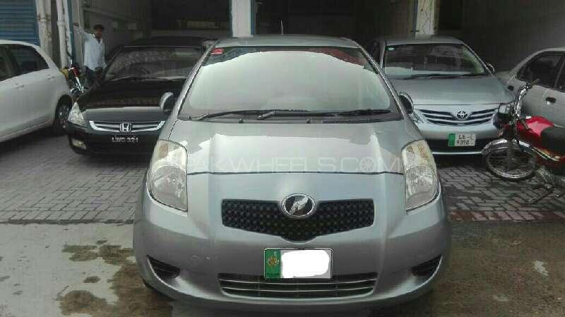 Toyota Vitz B 1.0 2007 Image-1