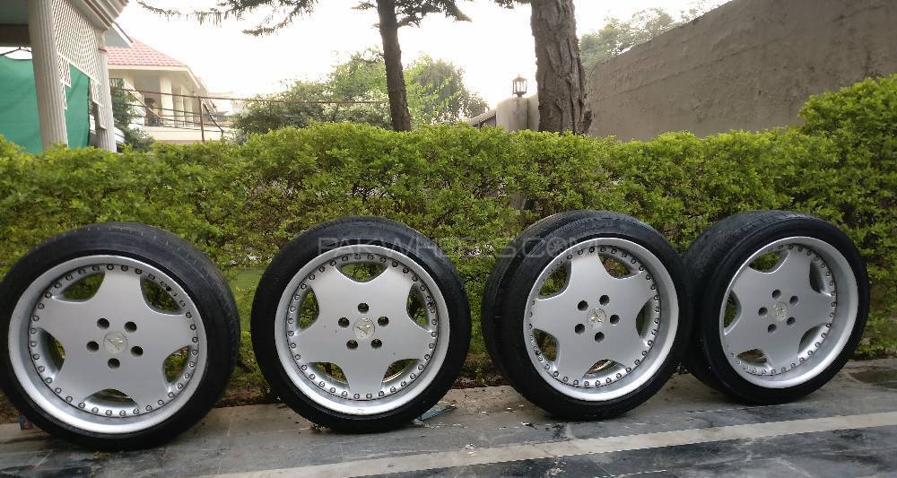 """Work Ryver's Staggered Aero 1 design 17"""" wheels with Michelin tires Image-1"""