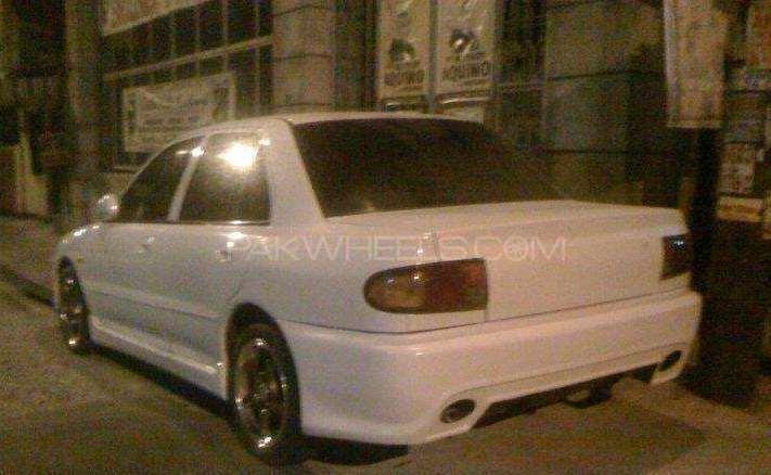 Mitsubishi Lancer 1998 Image-1