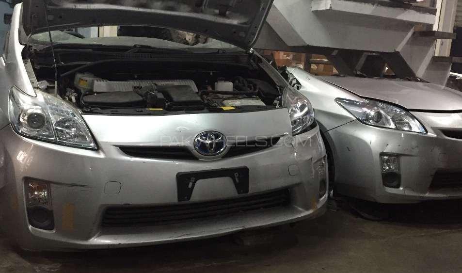 Toyota Prius 2010 2015 Image-1