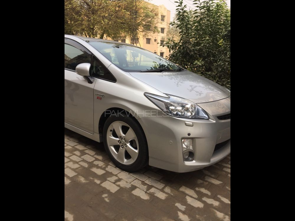 Toyota Prius S Touring Selection My Coorde 1.8 2011 Image-1