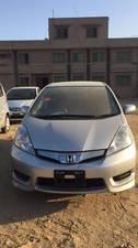 Honda Fit Hybrid Navi Premium Selection 2013 for Sale in Karachi