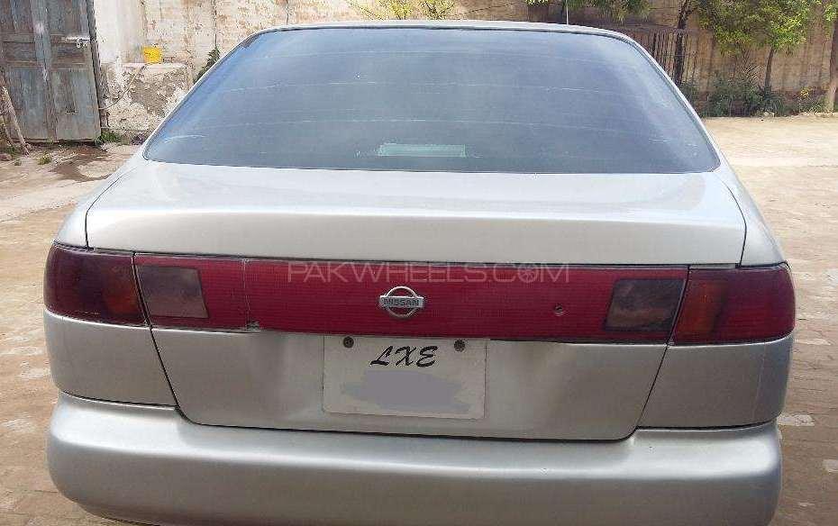 Nissan Sunny 1997 Image-1