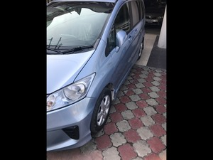 Honda Freed Hybrid 2011 for Sale in Lahore