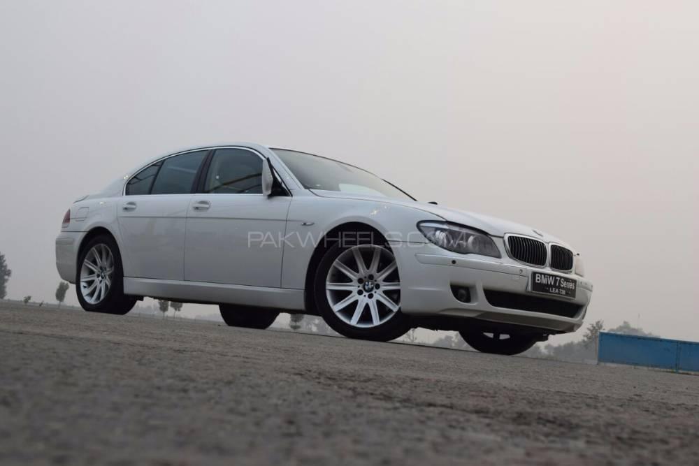 BMW 7 Series 730d 2006 Image-1