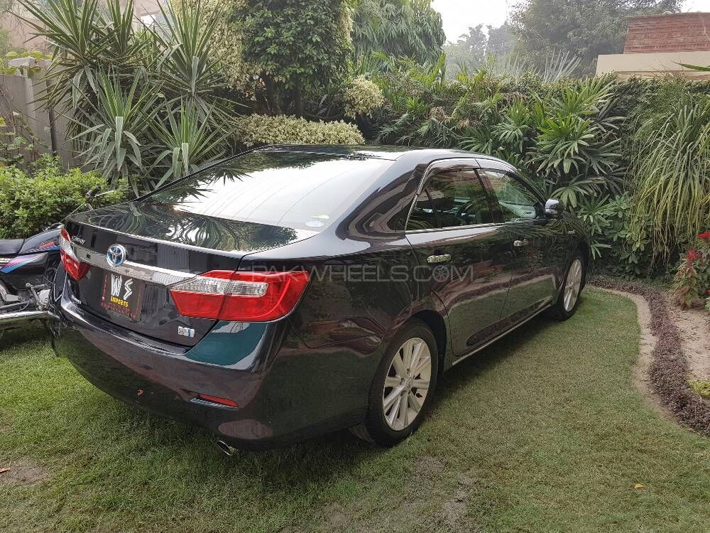 toyota camry hybrid 2013 for sale in lahore pakwheels. Black Bedroom Furniture Sets. Home Design Ideas