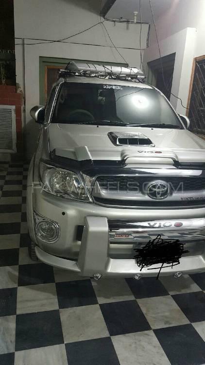 Toyota Hilux D-4D 2010 Image-1