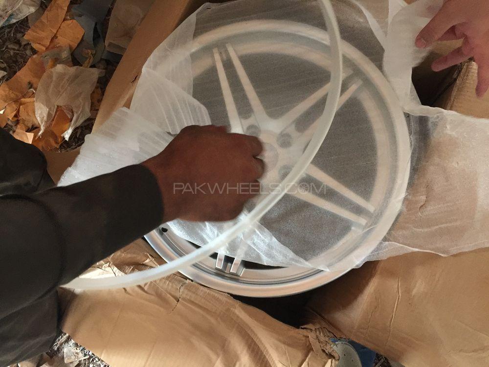 19 inch vossen concave rim. Image-1