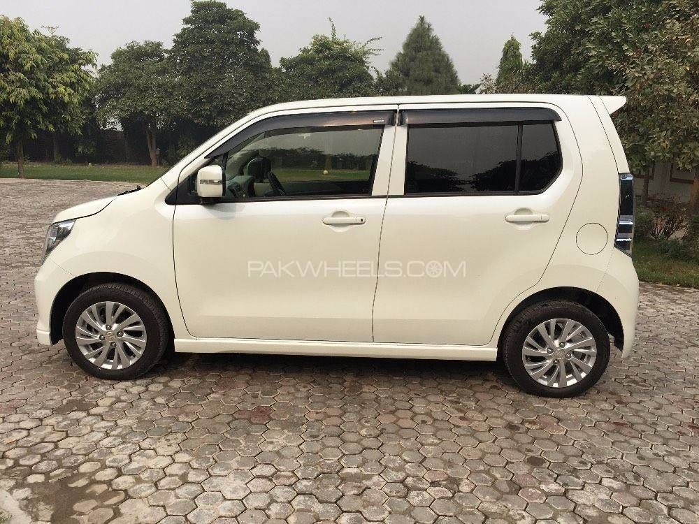 suzuki wagon r stingray t 2015 for sale in lahore pakwheels. Black Bedroom Furniture Sets. Home Design Ideas