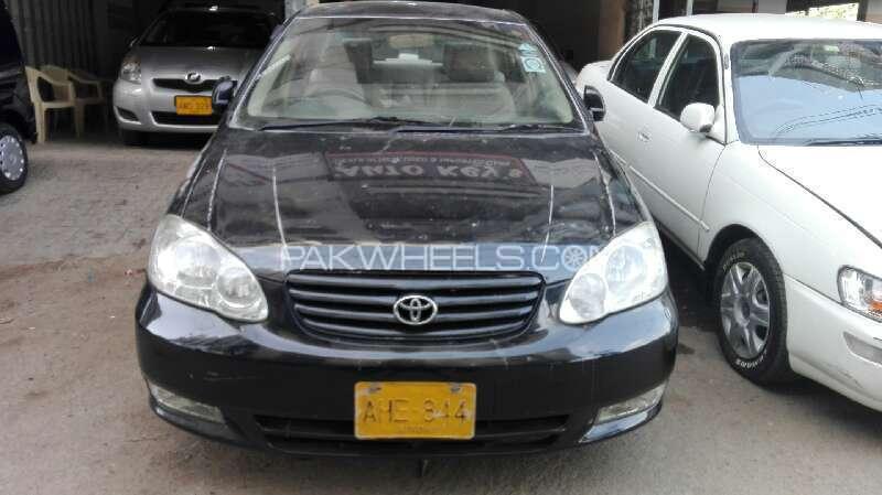 Toyota Corolla SE Saloon 2004 Image-1