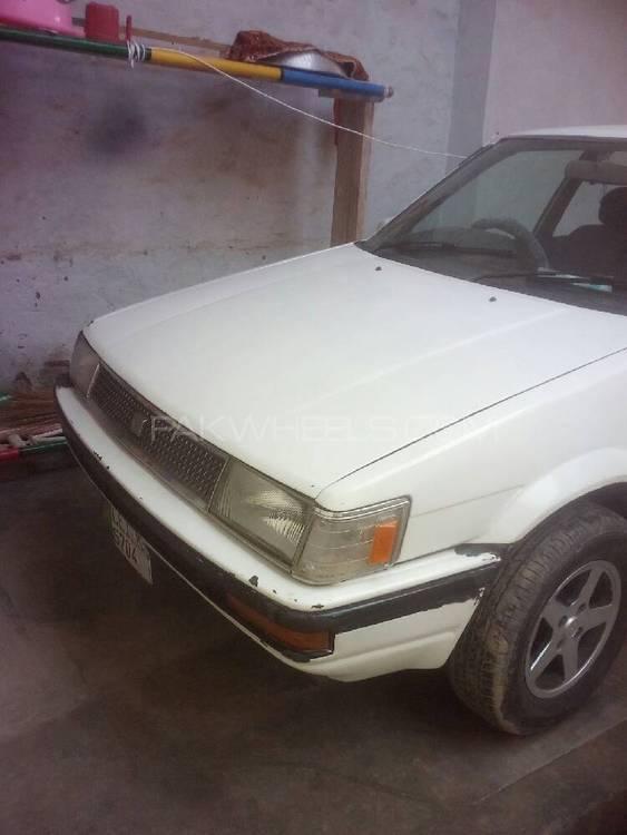 Toyota Corolla DX 1983 Image-1