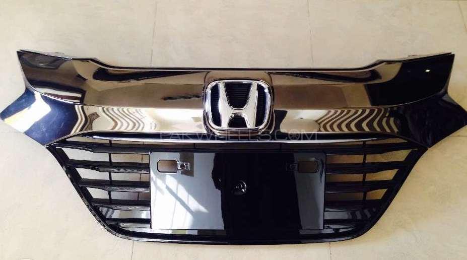 Honda Vezel Geniune Grill Image-1