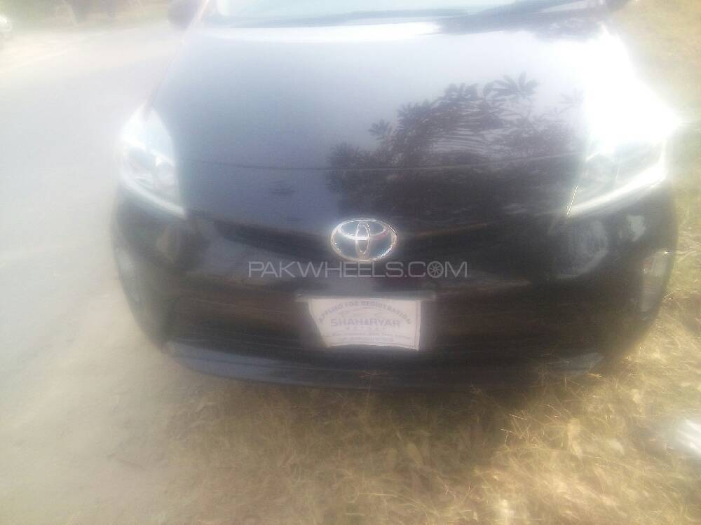 Toyota Prius G LED Edition 1.8 2013 Image-1