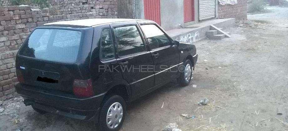 Fiat Uno 2002 Image-1