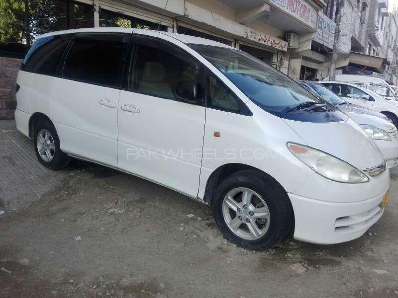 Toyota Estima 2000 Image-1