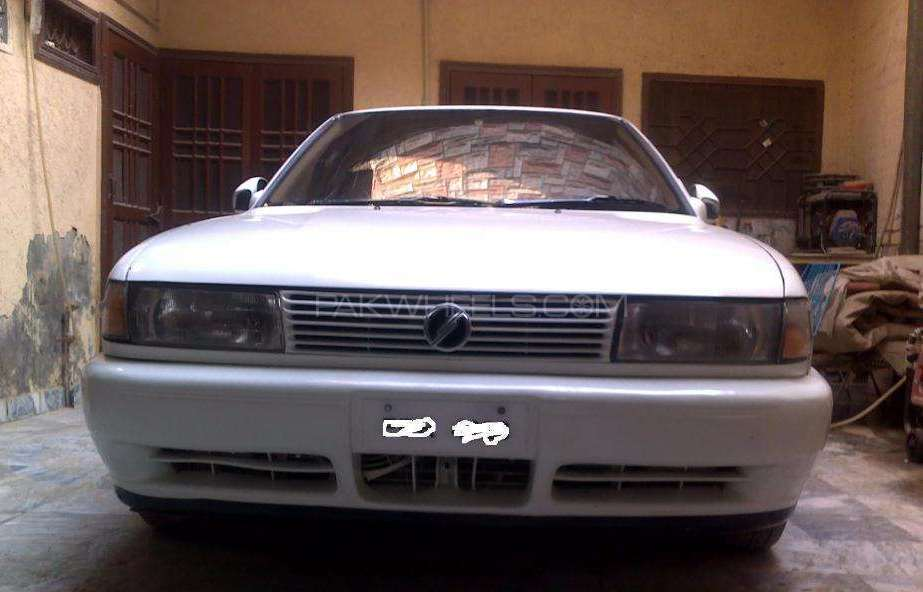 Nissan Sunny 1994 Image-1