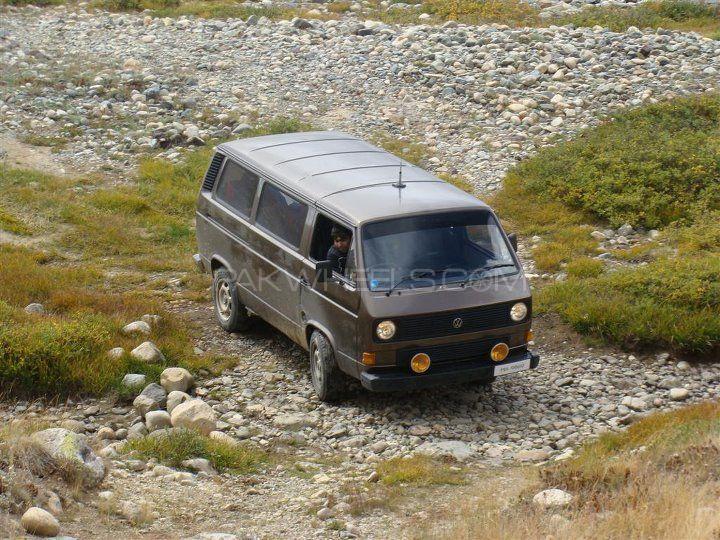 Volkswagen Micro Bus 1981 Image-1