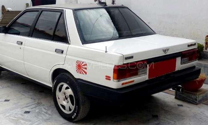 Nissan Sunny EX Saloon 1.3 1989 Image-1
