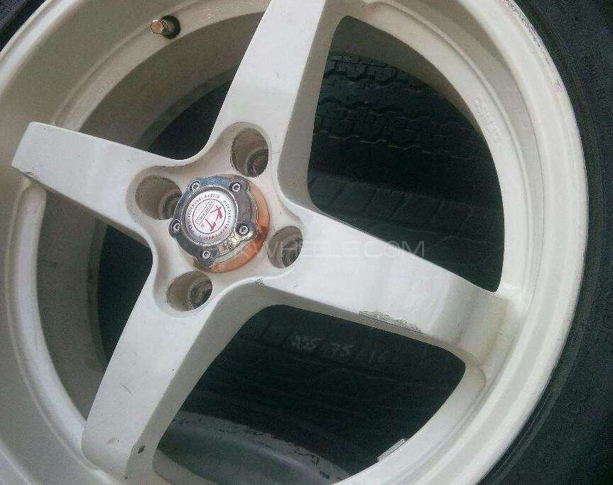 16 inch four stocks rim Image-1