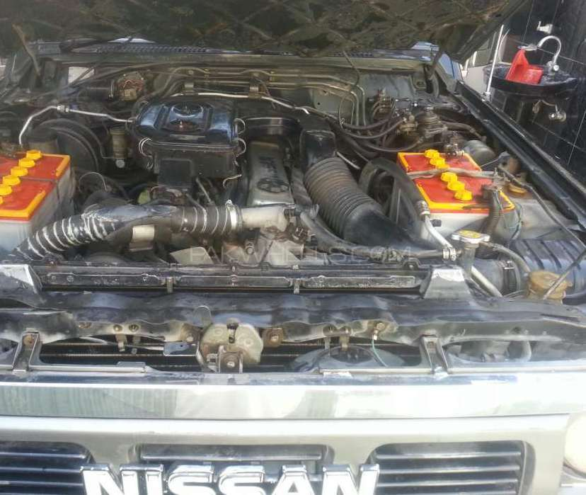 Nissan Safari 1990 Image-1