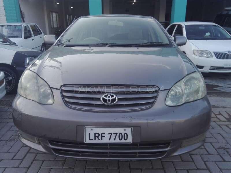 Toyota Corolla SE Saloon Automatic 2002 Image-1