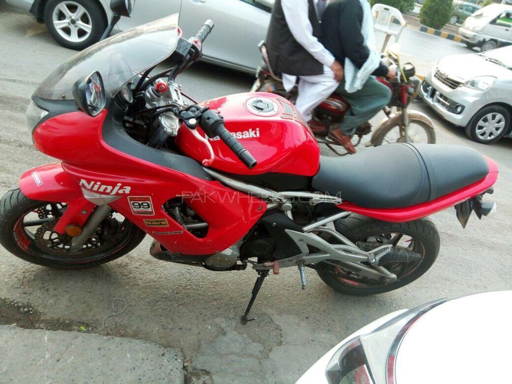 Kawasaki Ninja 650R 2006 Image-1