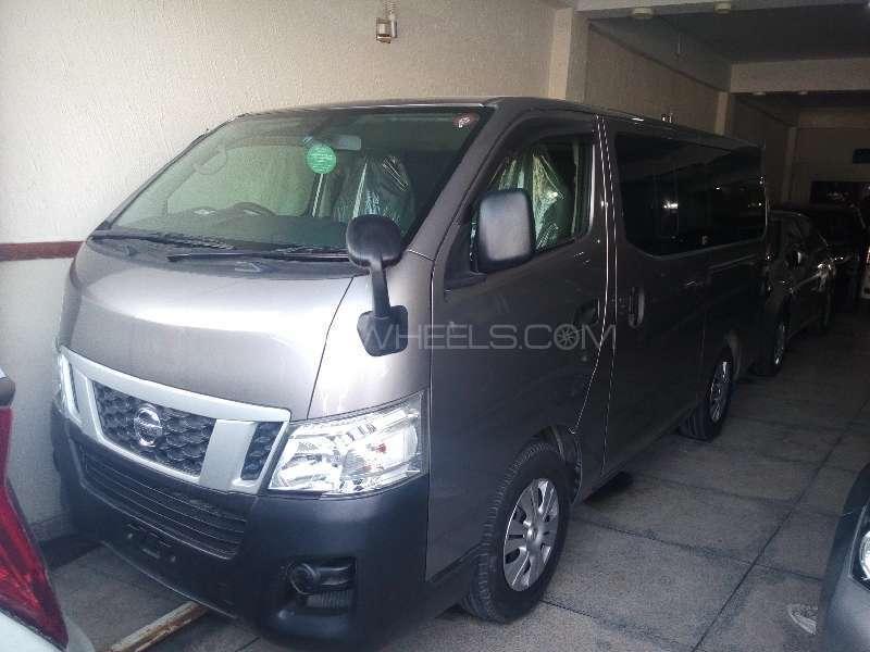 Nissan Nv350 Caravan Wagon DX 2012 Image-1