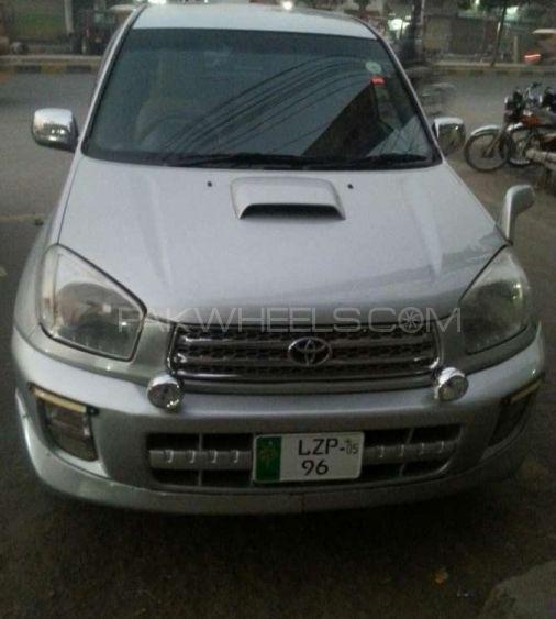 Toyota Rav4 2002 Image-1