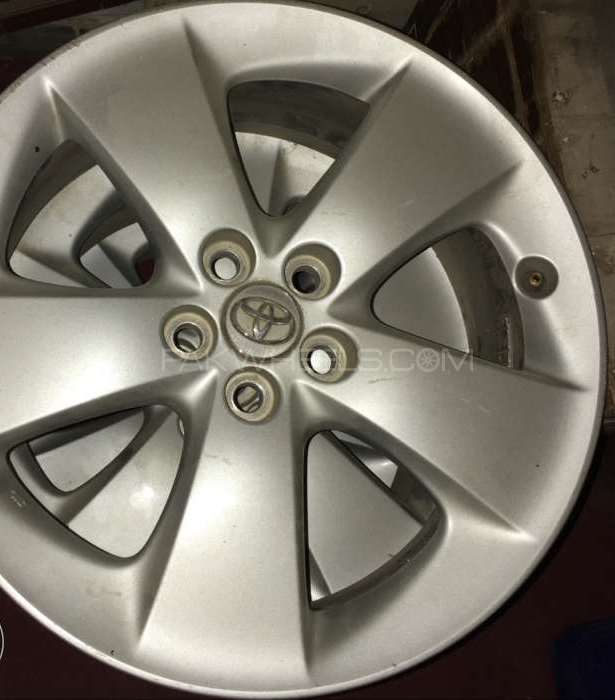 Toyota Jap 17in Allow Rims set Image-1
