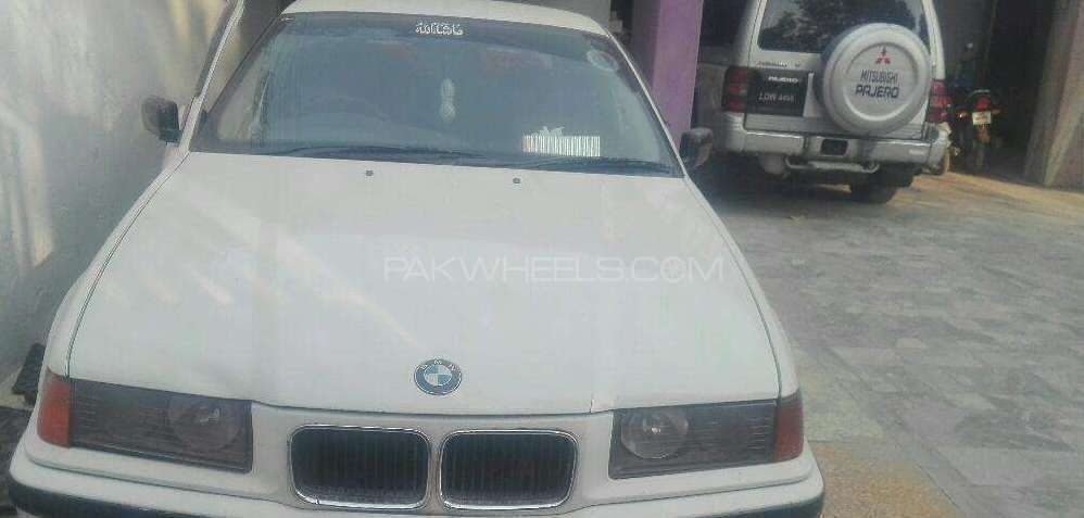 BMW 3 Series 318i 1996 Image-1