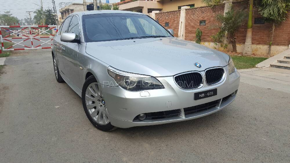 BMW 5 Series 525d 2004 Image-1