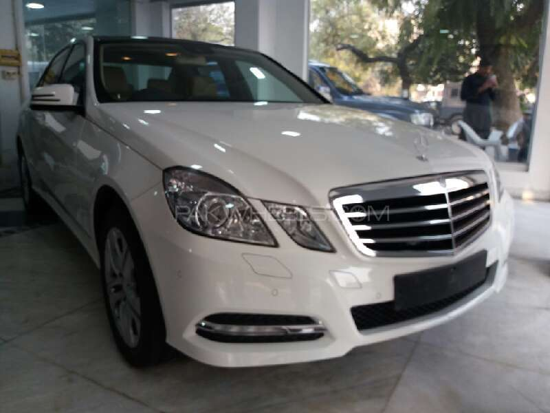 Mercedes benz e class e200 2012 for sale in islamabad for 2012 mercedes benz e350 for sale