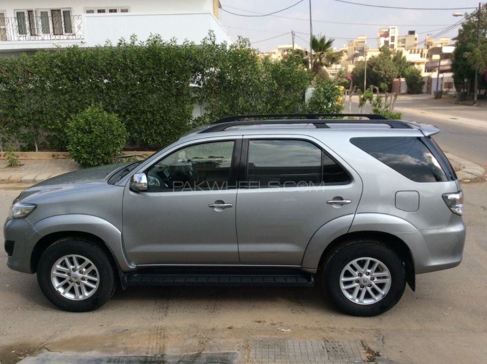 Toyota Fortuner 2 7 Vvti 2013 For Sale In Karachi Pakwheels