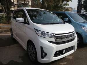Mitsubishi EK Custom G 2013 for Sale in Islamabad