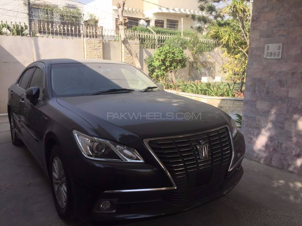 Toyota Crown Royal Saloon G 2013 Image-1