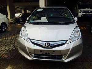 Honda Fit 13G F Package 2013 for Sale in Lahore