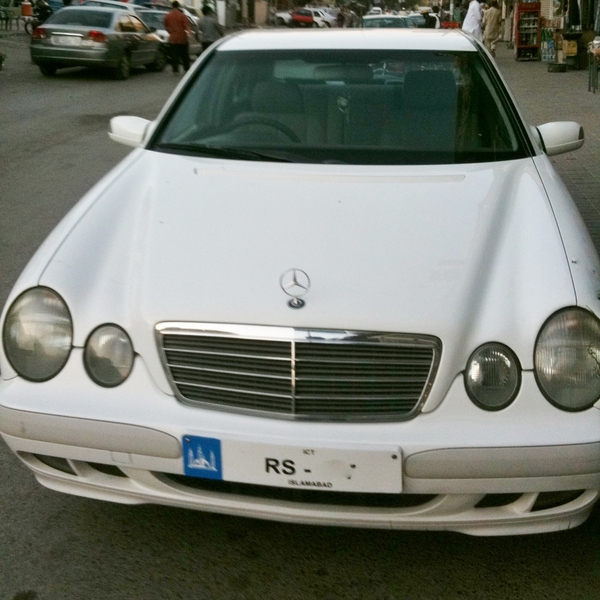 Used Mercedes Benz E Class E200 1999 Car For Sale In