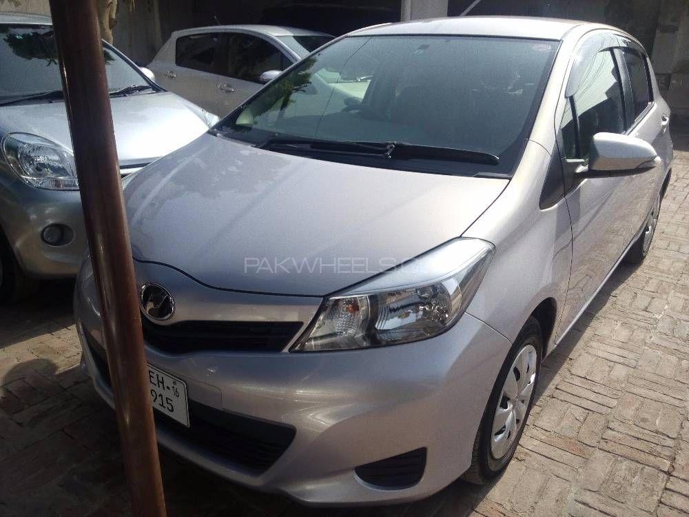 Toyota Vitz F 1 0 2013 For Sale In Multan Pakwheels