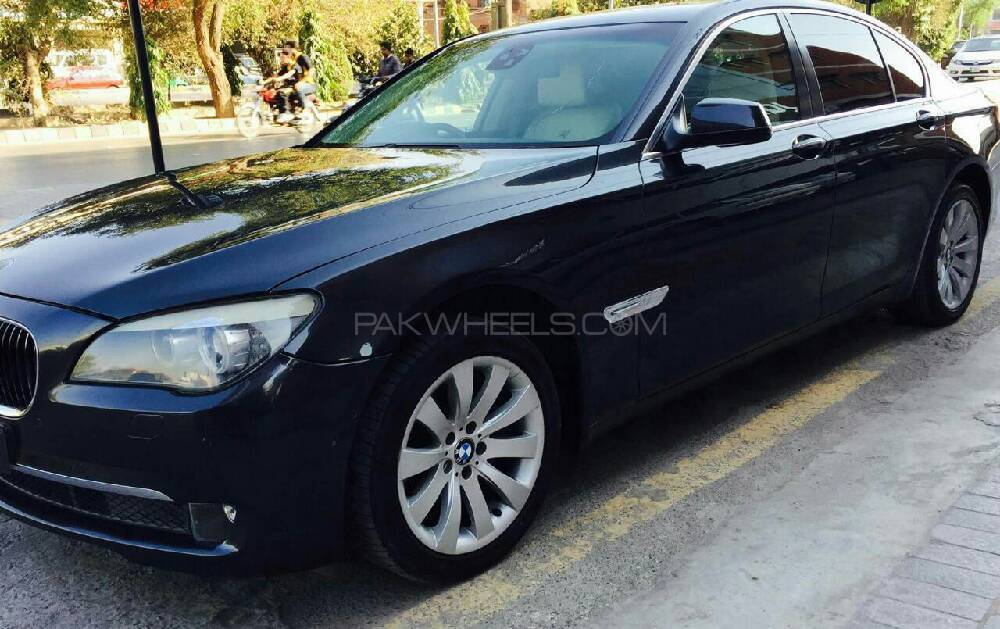 bmw 7 series 730d 2009 for sale in islamabad pakwheels. Black Bedroom Furniture Sets. Home Design Ideas